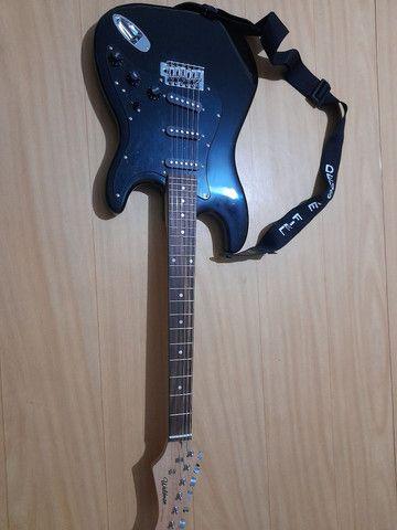 Ótima guitarra e cubo para iniciantes e profissionais.
