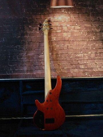 Baixo Cort Curbow 5 cordas ativo + Bartolini + Case - Foto 5