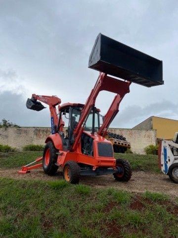 Retro escavadeira Fiat FB 80.3  4x2 - Foto 3