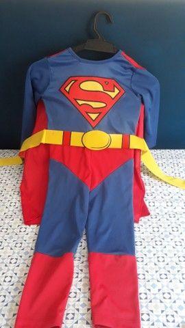 Fantasia infantil de Super Homem