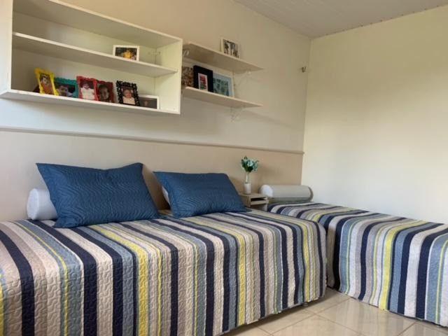 Casa duplex para venda tem 146m2 com 4 suítes próximo a praia da Caponga - Cascavel - CE - Foto 8