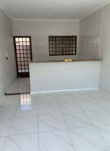 EM Vende se casa em Pratinha - Foto 3