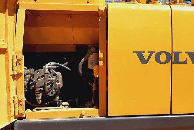 Escavadeira Volvo EC140B (entrada+parcelas) - Foto 4