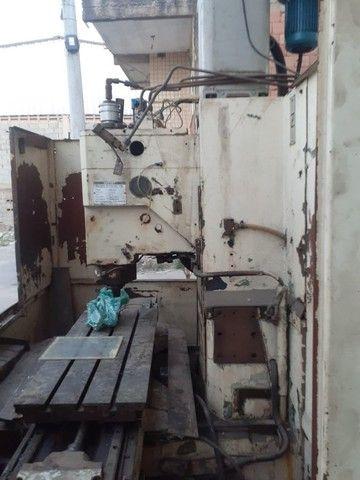 Centro de Usinagem Vertical Brevet CV 216 700 mm - Foto 2