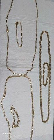 Correntes e pulseiras  - Foto 2