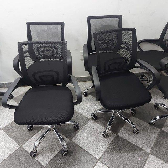 Cadeira Nova Garantia Rodinha Giratória Diretor Tela - Foto 4