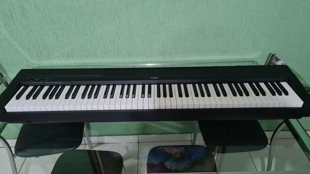 Piano Eletrônico Yamaha P-45B - Foto 2