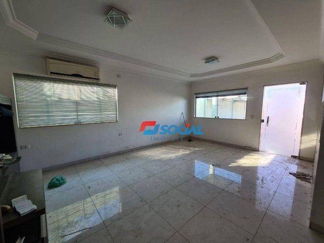 Sobrado com 5 dormitórios à venda, 300 m² por R$ 950.000,00 - Nossa Senhora das Graças - P - Foto 7