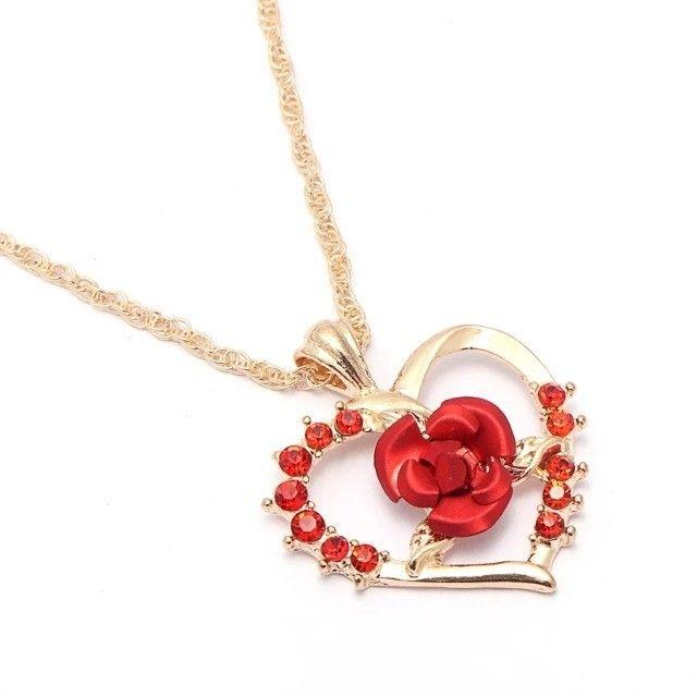 Colar/gargantilha coração rosa vermelha - Foto 2