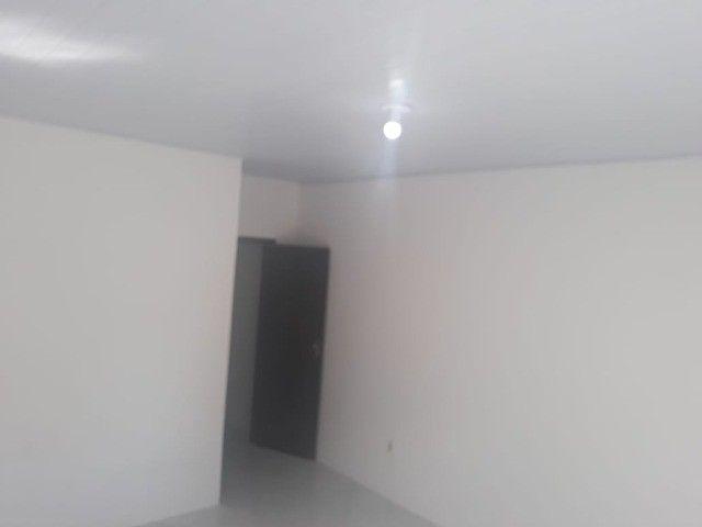 lindo três quartos 3/4 suite enorme Itapuã - Foto 8
