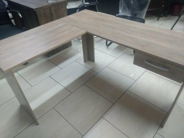 Mesa em L escritório com 01 gaveta novas fabricação própria - Foto 2