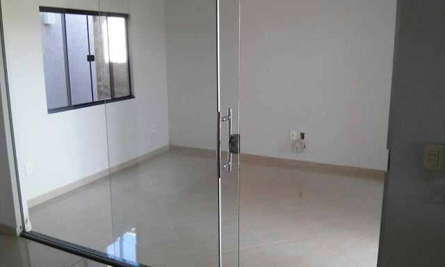 Casa alto padrão e fino acabamento no Colina Park de Ouro Preto D?Oeste - RO