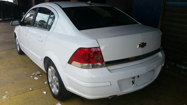 Vectra 2011 branco 2.0 8v completo