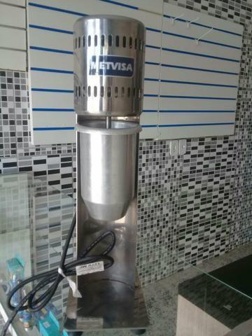 Batedor de milk shake industrial