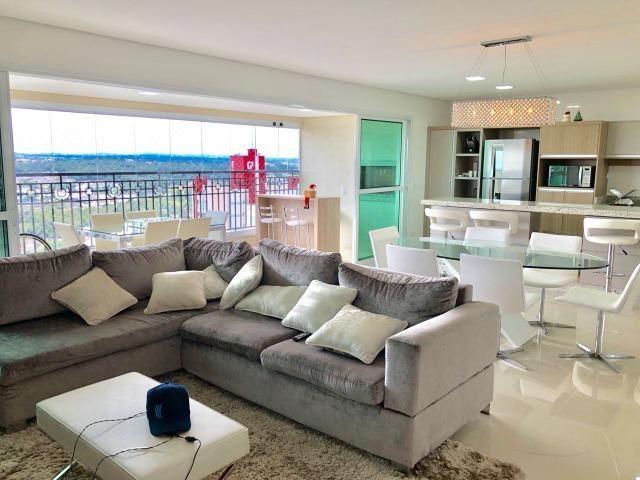Belíssimo apartamento de alto padrão com 4 dormitórios, em condomínio clube, no Ecoville