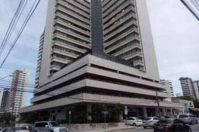 Sala Comercial para aluguel e venda. No edificio top center Com 206 m2 em Meireles - Forta