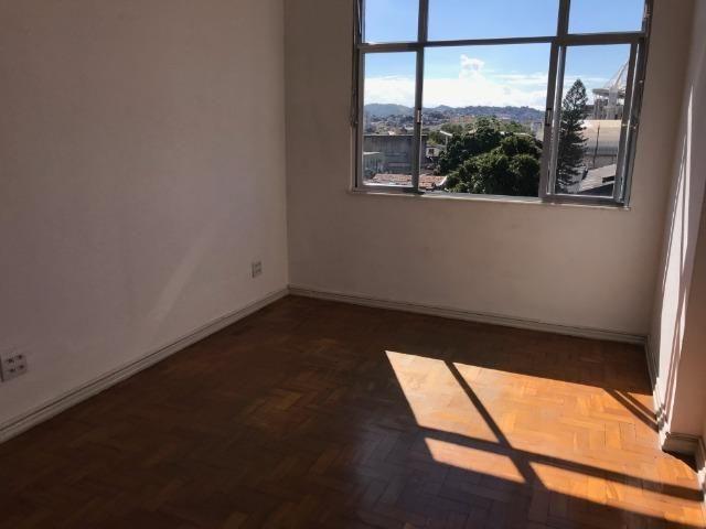 Apartamento muito bem localizado no Engenho de Dentro - Foto 2
