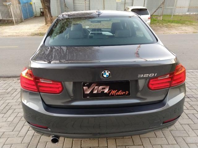 BMW 320i 2.0 turbo AUT. 2013 - Foto 17