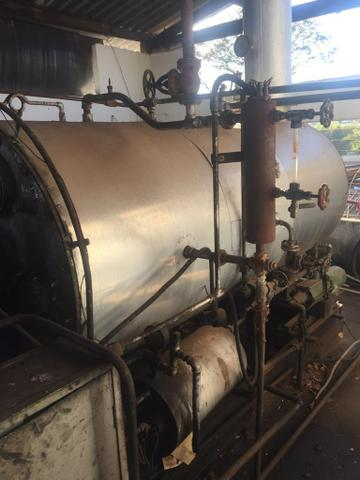 Caldeira a óleo 750 Kilos de vapor e uma Fornalha para lenha - Foto 3