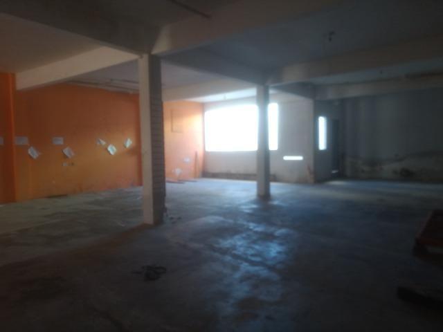 Excelente Loja Comercial com Escritórios e Banheiros: 160 m2 - Foto 6