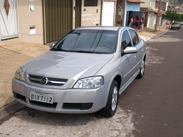 Vendo Astra 2004 - Foto 2