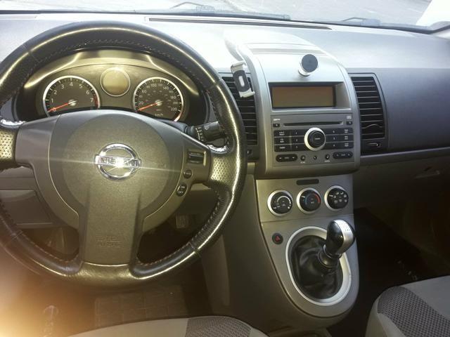 Nissan sentra aceito troca - Foto 5