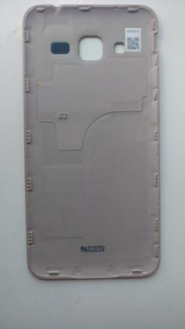 Samsung SM-J320M/DS dourado para trocar display ou retirar peças - Foto 2