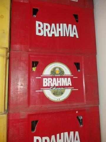 Vendo 100 vasilhames de cervejas de 600ml.vendo por unidade - Foto 4