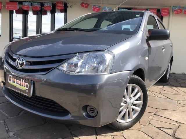 Toyota Etios X 1.5 Sedan 2013