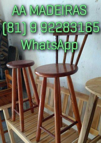 Mesas e cadeiras de madeira - Foto 3