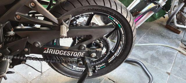 Kit de adesivos e frisos de roda para motos - Foto 2