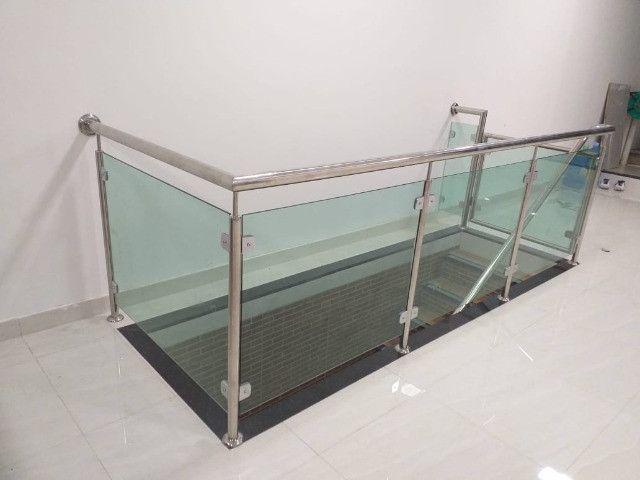 Faça seu orçamento e confira nossos preços e serviços de vidraçaria em geral - Foto 5