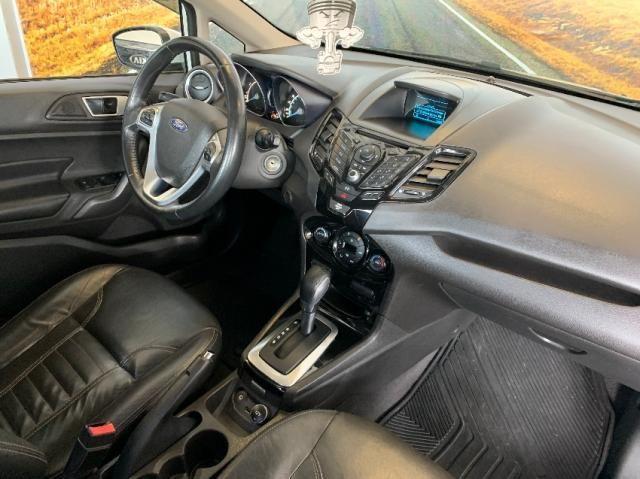Ford Fiesta Sedan 1.6 Titanium - Automático - Foto 11