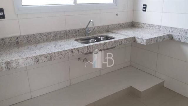 Apartamento com 2 dormitórios à venda, 63 m² por R$ 210.000,00 - Santa Mônica - Uberlândia