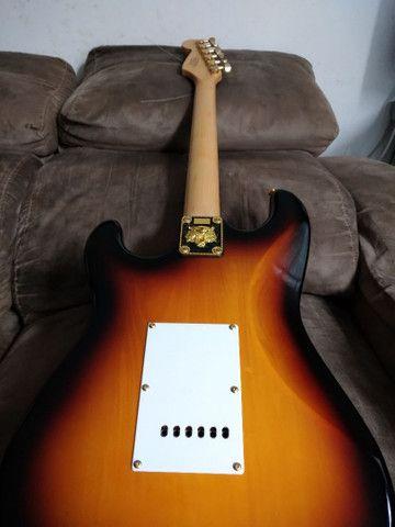 Guitarra Fender Squier bullet vendo/troco - Foto 3