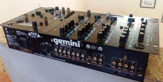 Mixer Gemini PS-900 Profissional Sampler e Pré-ampificador Estéreo - Foto 2
