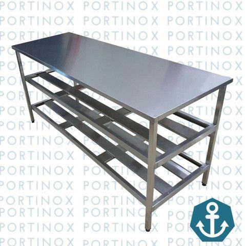 Mesa em Aço inox - de apoio para cozinha - Em diversas medidas