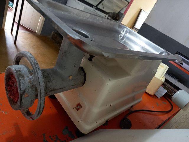 Vendo maquinas de açougue com clientes fixos  - Foto 2