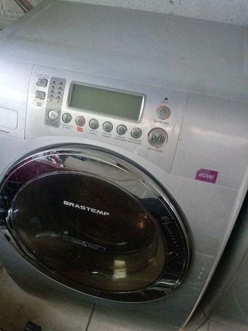 Compra de máquina de lavar roupas com e sem defeitos