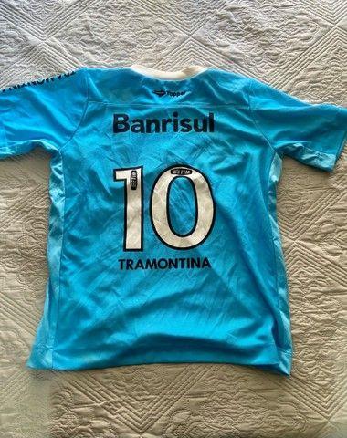 Camisa Oficial Topper Tamanho (14 anos infantil) - Time Grêmio  - Foto 3