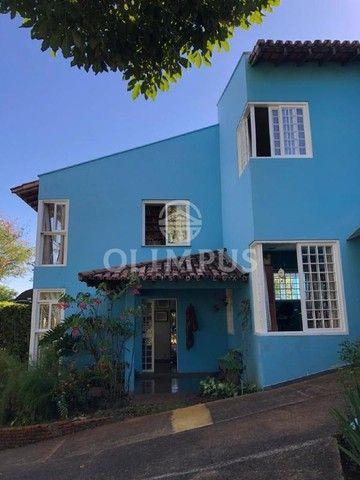 Lindo sobrado de 200m² em terreno de 864m² com ótima localização em Uberlândia. - Foto 3