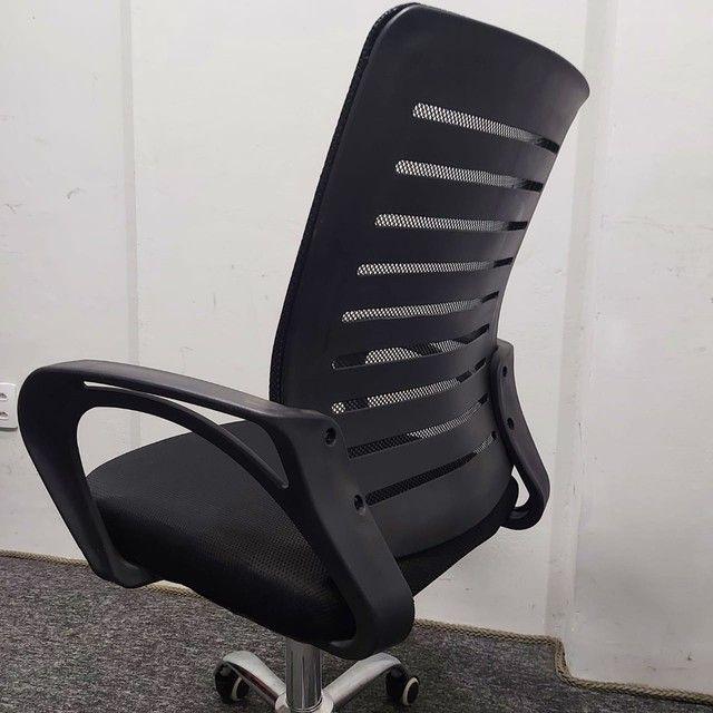 Cadeira Nova Garantia Rodinha Giratória Diretor Tela - Foto 2