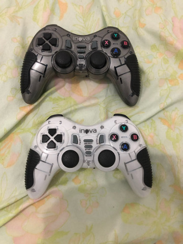 Controle inova para PC e PS4 valor 120 os dois