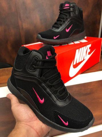 Bota Nike fit $170,00 - Foto 2