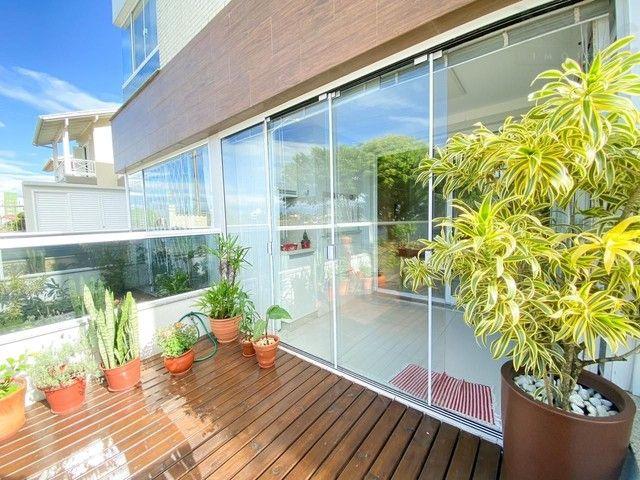 Apartamento com vista permanente para a Lagoa do Violão - Foto 2