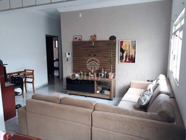 Excelente casa com 280m² de área privativa e 520m² de terreno, 4 quartos - Uberlândia/MG - Foto 2
