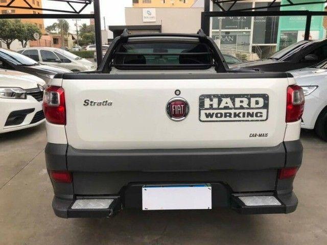 Fiat Strada CS 1.4 Hard Working Branco 2019 - Foto 5