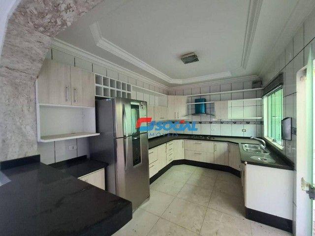 Sobrado com 5 dormitórios à venda, 300 m² por R$ 950.000,00 - Nossa Senhora das Graças - P - Foto 10