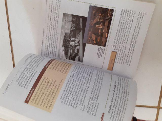 Livros de História antigos  - Foto 3
