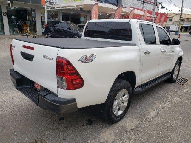 Toyota - Hilux 4X4 Diesel Mec - Foto 4